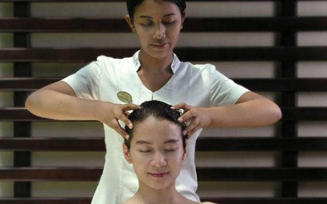 Head Massage - Dreamland Spa, Ungasan Bali