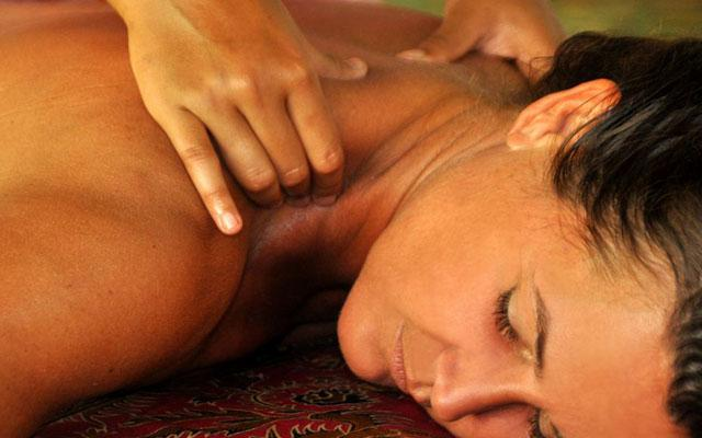 Spa Tejakula Bali - Massage at Prana Veda