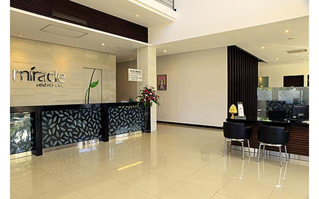 Aesthetic Clinic in Denpasar - Miracle Aesthetic Clinic - Reception